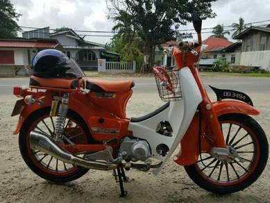 Honda c70 Classic Like New