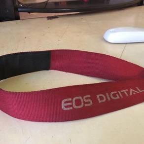 Eos1100d