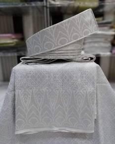 Set tanjak pengantin Putih sulam silver