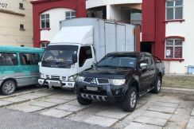 Movers Lori Sewa Pindah Transport 4x4 Rental FREE