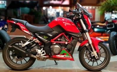 2016 Benelli TNT 250 Chilli Red tnt250 250r z250