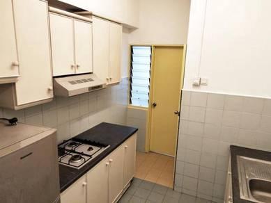 Top Floor Furnish Apartment Bandar Hilir Laksamana Hospital