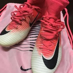 Superfly v pink
