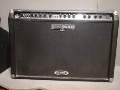 Behringer guitar amplifier