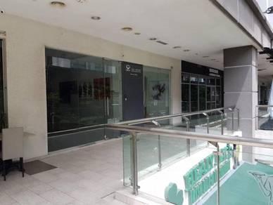Publika Solaris Shop/Office