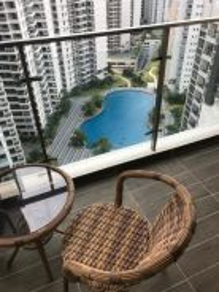 3 Bedrooms Condo at Country Garden Danga Bay / High Floor Facing Pool