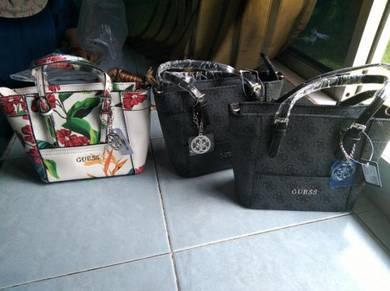 Handbag Guess