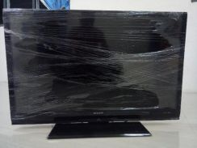 Tv lcd 32 inchi sharp aquos