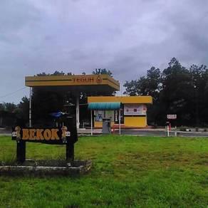 Tanah stesen minyak