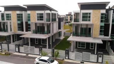 [Lift] 3storey semi d with lift Freehold 0%d/p villa Bukit Jalil