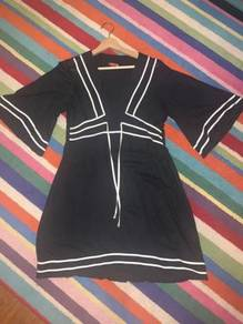 Lucciola black white soft cooling office dress
