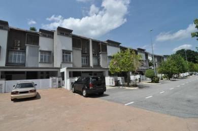 SPACIOUS   2.5 Storey Terrace Desiran Bayu Presint 16 Putrajaya