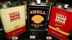 Shell Heritage Canister Car Care Kit 2016