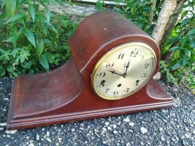 Ber1 Antique Mantle clock Jam 3 Lubang Antik Besar