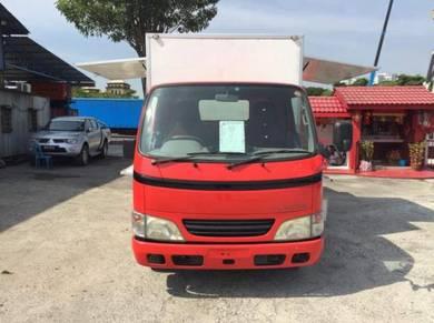 Rebuild Lorry Toyota Dyna Food Truck