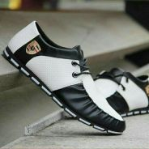 Black n White Shoes