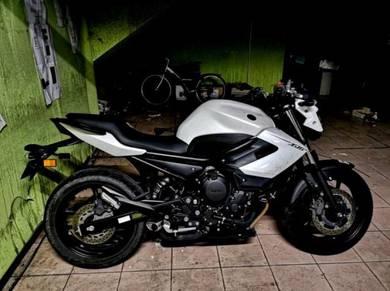 Yamaha XJ6 Naked - CB650F MT07 Mt 09 ER6 ER6N