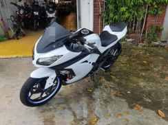 Kawasaki Ninja250R (Welcome Loan)