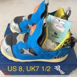 Reebok air baby sport shoe