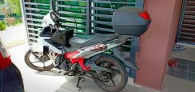 2014 Yamaha LC 135 V2 5 speed