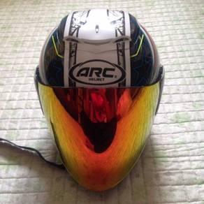 Helmet ARC AR4