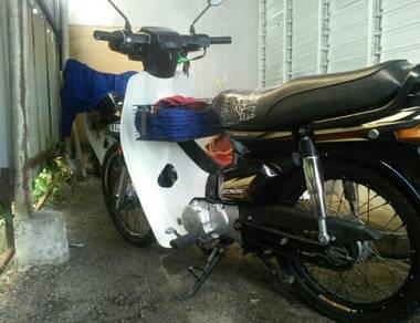 Honda ex5 2010
