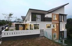 [NEW] Semi-D / Courtyard Villa / Superlink In Seremban