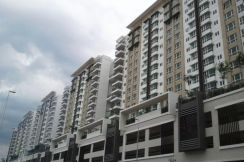 First Residence, 930sqf,FACING KLCC, Basic unit, Kepong,(Cheapest)