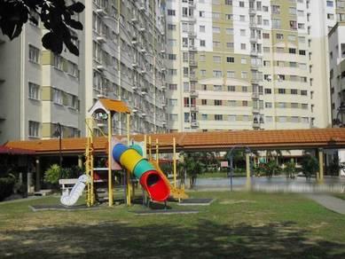 Vista Impiana Apartment, Seri Kembangan, Tingkat 2