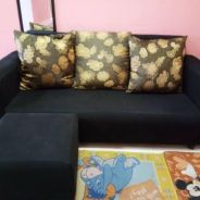 Sofa L shape with 3 pillow