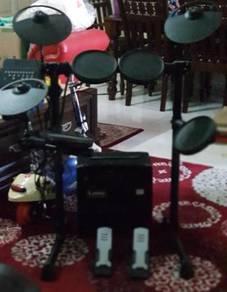 Drum electrik brand YAMAHA COMPLETE