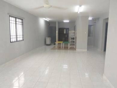 Apartment Flora Damansara (Corner Unit), Blok E