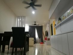 Angkasa Apartment / Mid Floor / Designer Renovated / built in Wardrobe
