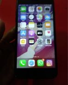 IPhone 7 plus ( Jet Black )