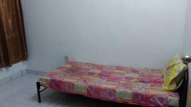 Fully Furnished Small Room Seri Kembangan