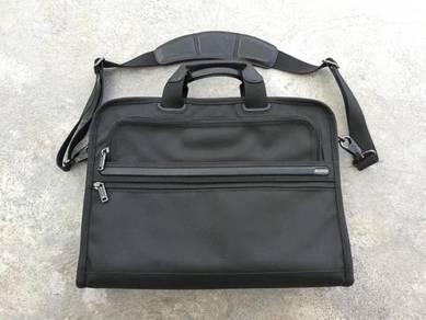 Authentic TUMI laptop bag briefbag kueii