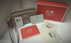 Urgent COACH Original Clutch Bag 02 Genuine