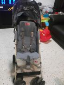 Preloved Stroller Maclaren Techno XT