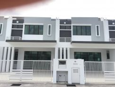 2 Storey Terrace House , Lakeside Residence , Bandar Metro Puchong