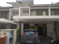 Putrajaya Precint 11 Nearly Fully Furnish 5 Rooms
