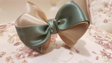Double tone satin ribbon bow 1pc