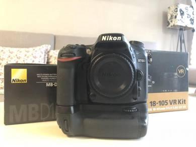 Nikon D7100 body with MB-D15