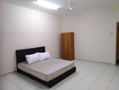Room rent bangi, female, master, private bathroom, Bangi Avenue, KUIZ