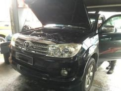 Toyota Fortuner Car AirCond Service Open Dashboard