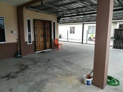 Single storey corner located at behind Mydin