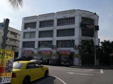 Pusat Bandar Puchong Ground Floor Corner Lot Shop 43 x 75 sqft