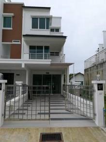 Ground Floor, Modern Town house, Corner at Lite View 4 (airport), Miri