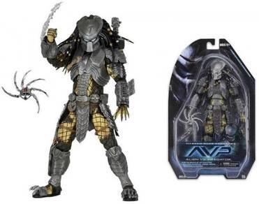 NECA AVP Masked Scar Predator 7
