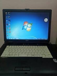 Fujitsu Lifebook FMV-A8270 - Intel Core 2 Duo - 2G