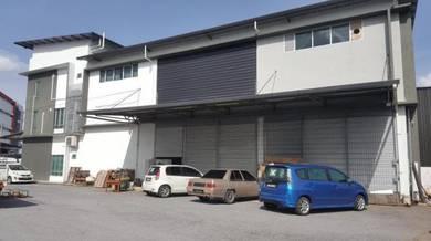 Semi detach warehouse at 5th mile kuching